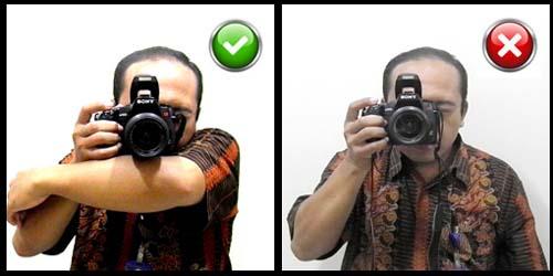 hold-camera-2