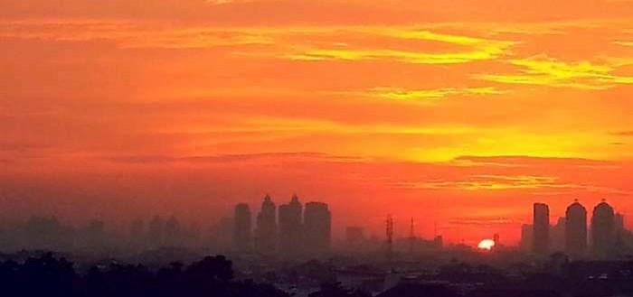 sunset-jakarta-wm